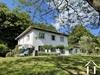 Hochmoderne Villa mit Parklandschaft am Bachufer Ref # 11-2336