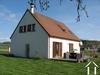 Modernes freistehendes Haus in Dorf am Kanal Ref # RT5143P