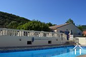 Single floored house with guesthouse and pool Ref # 2343 bild 1