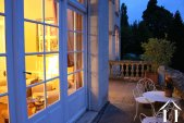 Elegantes Herrenhaus mit Gästehaus  Ref # RT5027P bild 12 At dusk on the terace