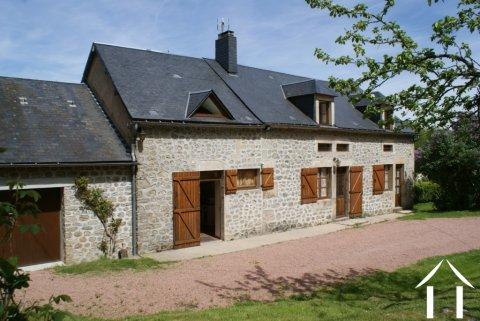 Charmantes Morvan-Bauernhaus Ref # RT4841P