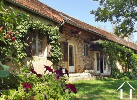 Dorfhaus mit 3 Schlafzimmern, Garten und Aussicht  Ref # JP5101S