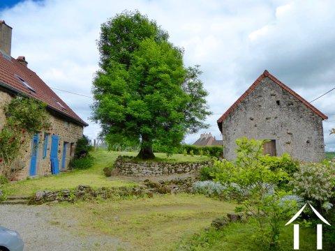 Umgebautes Bauernhaus mit Gästehaus, insgesamt 3Schlafzimmer Ref # CR5067BS