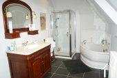 Prioratshaus aus dem 15. Jahrhundert Ref # RT4974P bild 13 Family bathroom