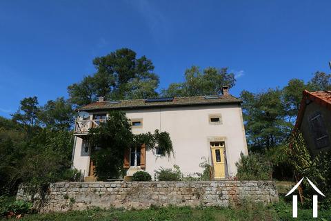 Charmantes Haus in der Landschaft mit Scheunen isoliert Ref # CR4856BS