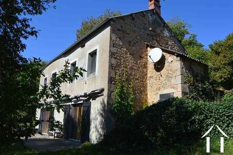 Bauernhaus mit Nebengebäude und schöner Aussicht Ref # RP4875M