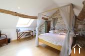 Charakterhaus im Herzen des Weindorfes Ref # CR4880BS bild 3 Master bedroom