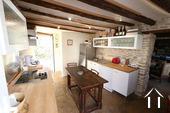 Charakterhaus im Herzen des Weindorfes Ref # CR4880BS bild 4 Kitchen