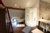 Charakterhaus im Herzen des Weindorfes Ref # CR4880BS bild 12 Master bathroom