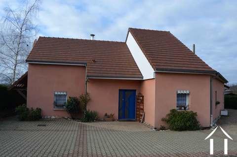 Modernes Haus mit Aussicht und Swimmingpool Ref # RP4939M