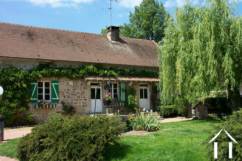 Bauernhaus mit Gästehaus und Land Ref # CR4942BS