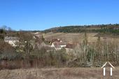 Burgunderhaus mit Blick auf die Weinberge Ref # CR5024BS bild 16 View from road to Meloisey