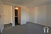 Wartungsarmes Ferienhaus mit toller Aussicht Ref # JP4961S bild 3 master bedroom with private shower room