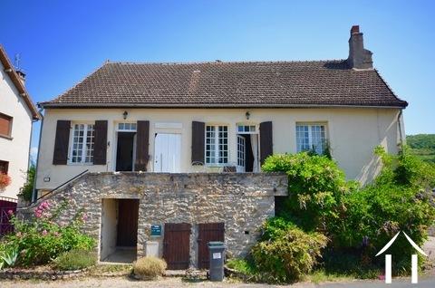 Schönes Dorfhaus mit zwei Schlafzimmern Ref # BH4963V