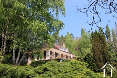 Geräumiges Haus mit fantastischer Aussicht Ref # LB4980N