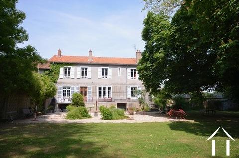 Herrenhaus mit Pool und Tennis auf 1 ha Ref # BH5010V