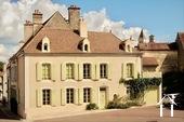 Hochwertiges Stadthaus in historischem Zentrum Ref # BH5006H bild 1