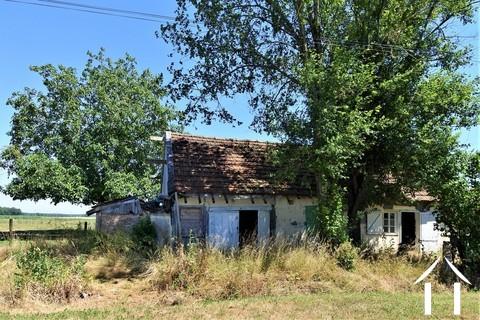 Kleines Haus mit Garten zum Renovieren in einem ruhigen Dorf Ref # JP5035B