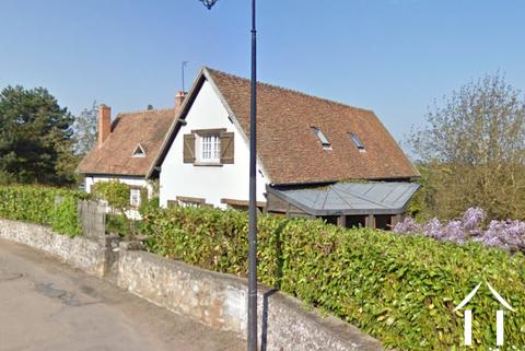 Geräumiges Haus mit 4 Schlafzimmern und 1 Hektar Land. Ref # MC4966H