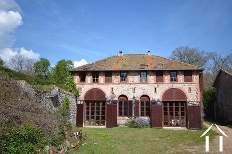 Abhängig von der Burg, 3 Suiten, Cote Roannaise Ref # BH4979H