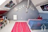 Charakteristisches Bauernhaus mit Blick auf den Morvan Ref # CR5086BS bild 6 Bedroom 3