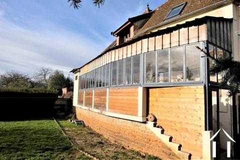 Haus in ruhiger Hanglage in einem Weindorf Ref # PM5096D