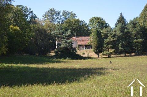 No neigbors and 5,3 acres Ref # Li588 Main picture