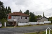 Village house on 1.44 acres Ref # Li592 bild 2
