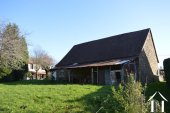 Farmhouse on 30 acres with sources and outbuilding Ref # Li606 bild 19