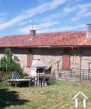 Dorpshuis met tuin Ref # MP5147